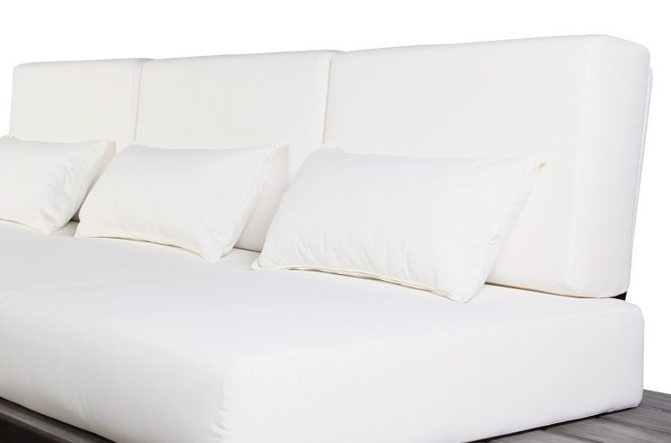 Kakaban Sofa Detail1 270FT003P2BW